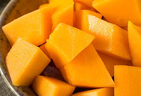 nutri-book.gr_which-fruits-have-the-most-sugar_cantaloupe