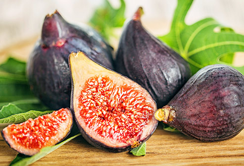 nutri-book.gr_which-fruits-have-the-most-sugar_figs
