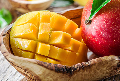 nutri-book.gr_which-fruits-have-the-most-sugar_mango